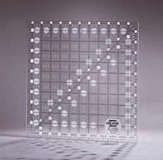 Non-Slip Lineal 11,5 x 11,5 inch (Square)